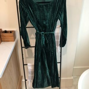 BB Dakota green velvet midi dress